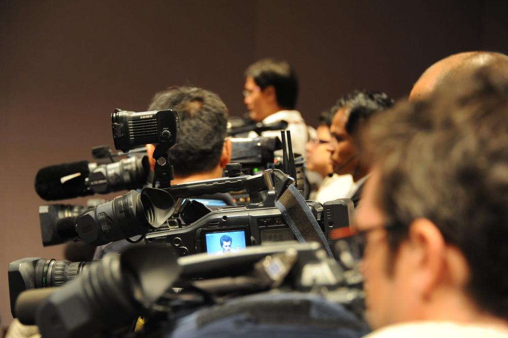 O sistema mediático é fonte de conhecimento, poder e influência